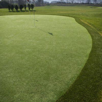 Le golf compact de Louvigny, green et zone d'entrainement